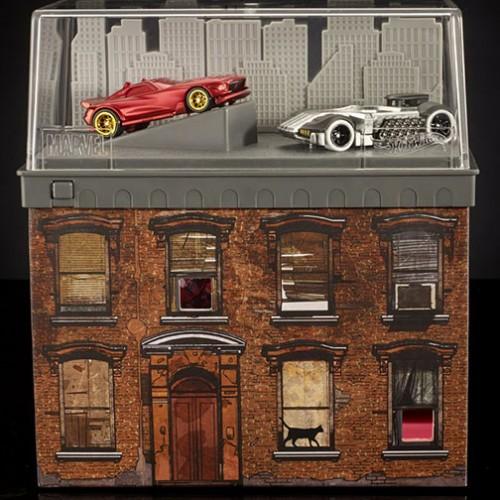 SDCC 2016 Exclusive Mattel Hot Wheels Daredevil Car VS Punisher Car